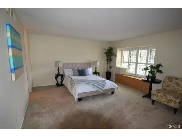 Huge master suite with window seat !